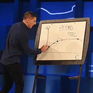 Craig Groeschel speaks at The Global Leadership Summit 2019.